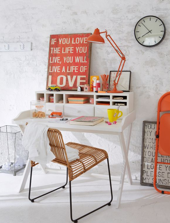 http://79ideas.org/2013/06/the-happy-home-office.html#.UbBatWT8_n8