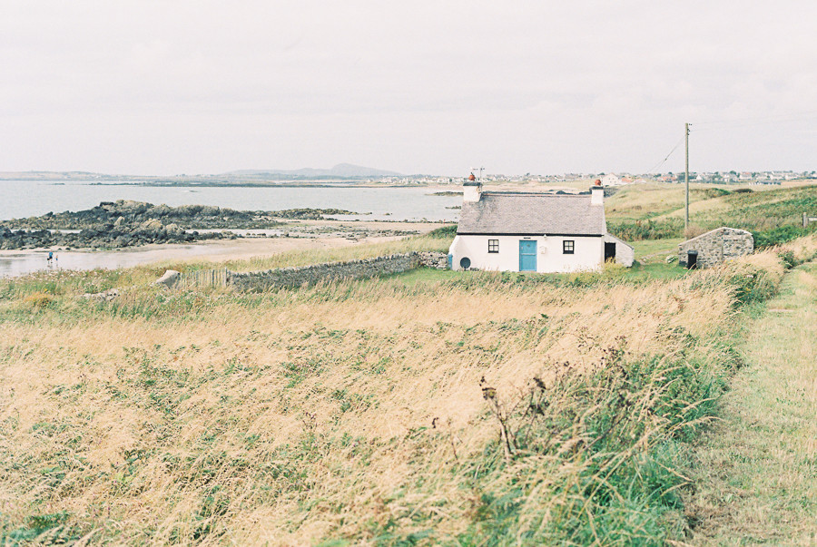 N_Wales_lighthouse_portra-001
