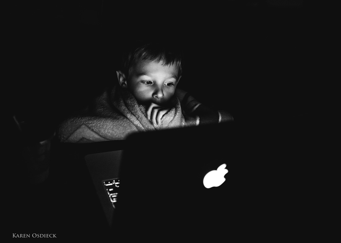 Joey laptop 2 BW web