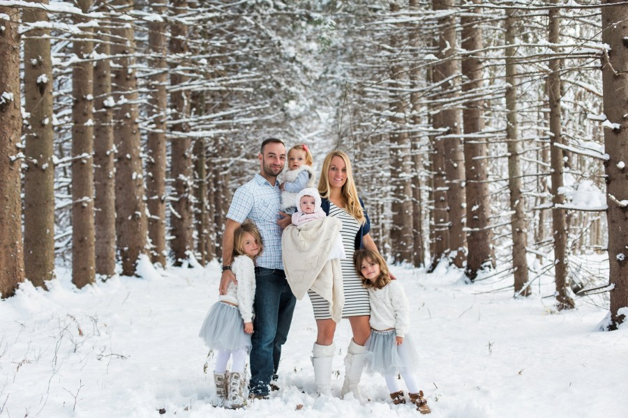 New York Fresh Snow Fall Family Session