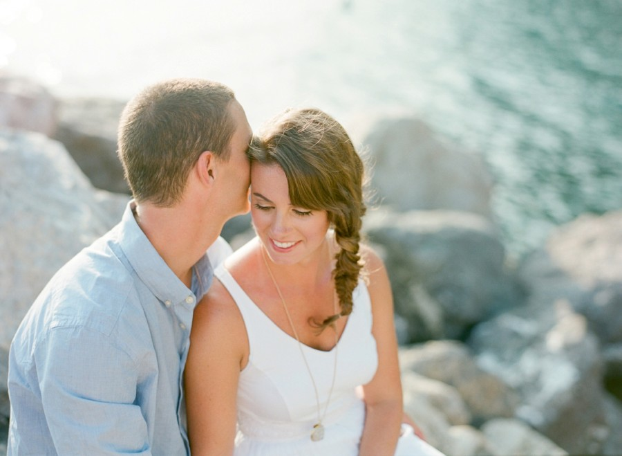 Romantic Italian Beachside Picnic, styled shoots, styled engagement pictures