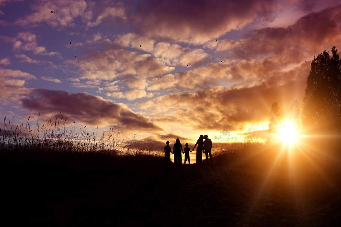family silhouette pictures, the daily story