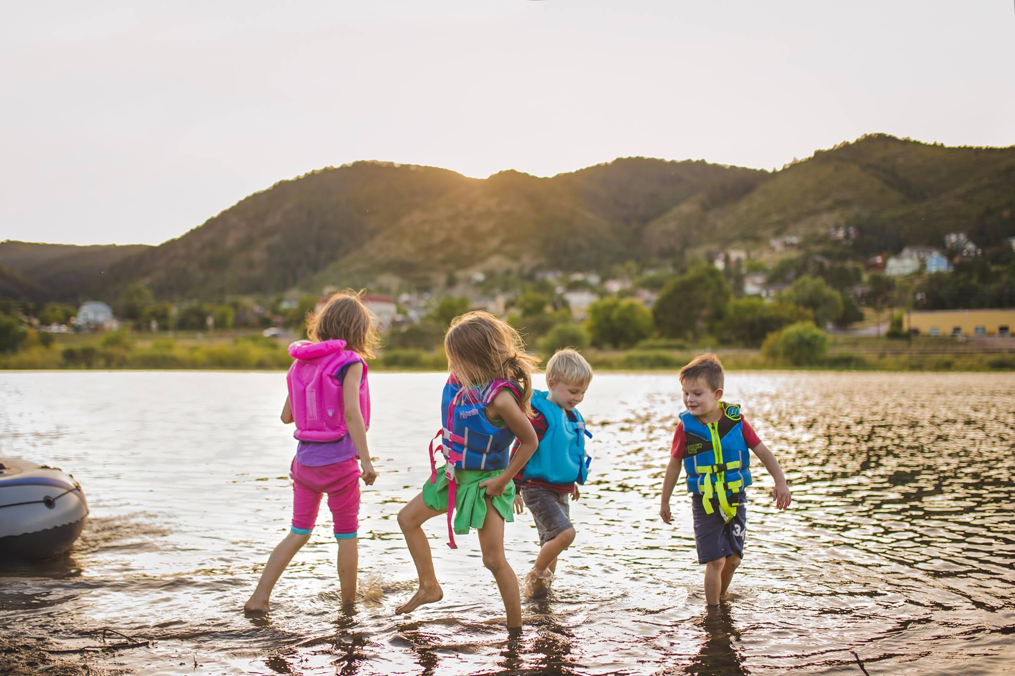 summer at the lake, the daily story