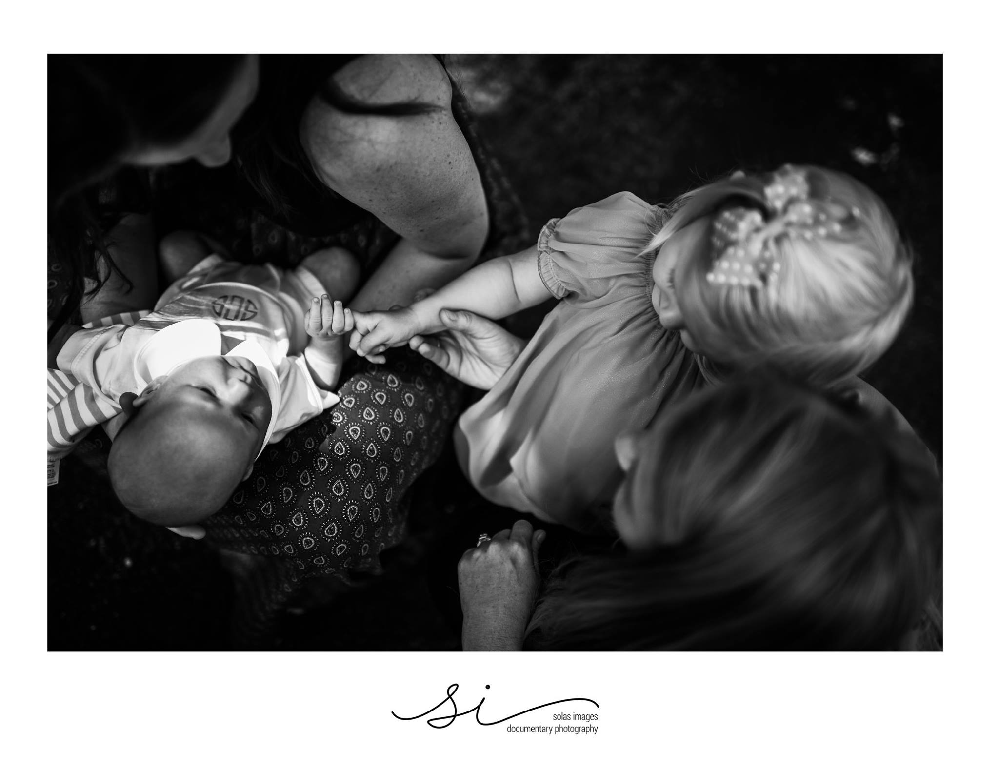 lifestyle newborn pictures, the daily story