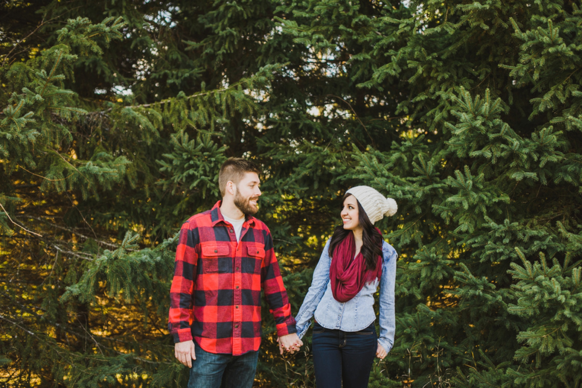 what to wear for engagement pictures, fall engagement pictures, State Park Fall Engagement