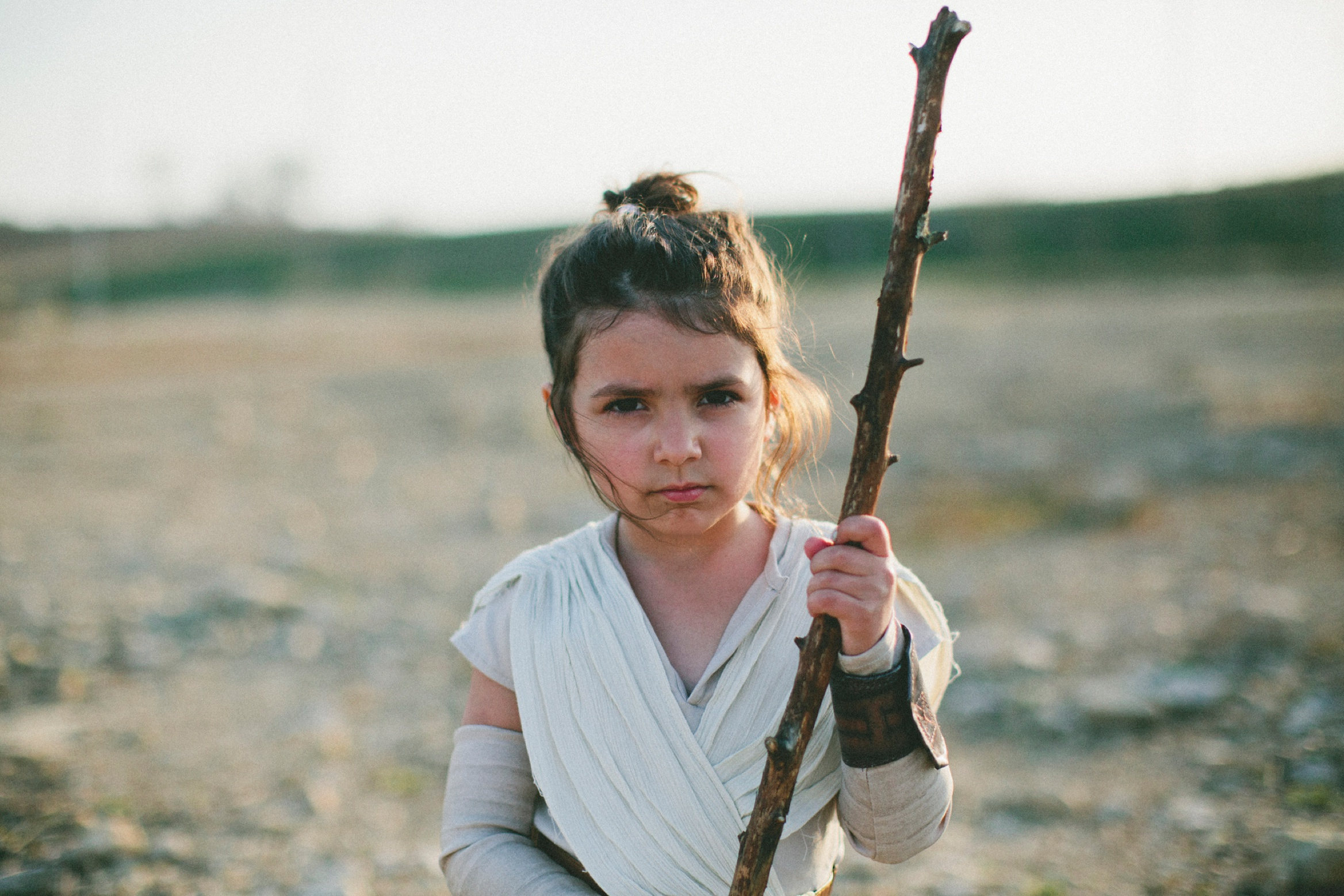 styled pictures for girls, halloween costume ideas, Desert Star Wars Session