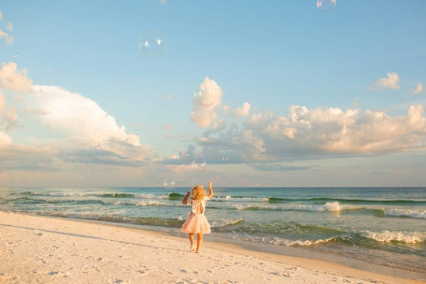 family beach picture ideas, what to wear for family pictures, Family of Three Sunset Beach Pictures