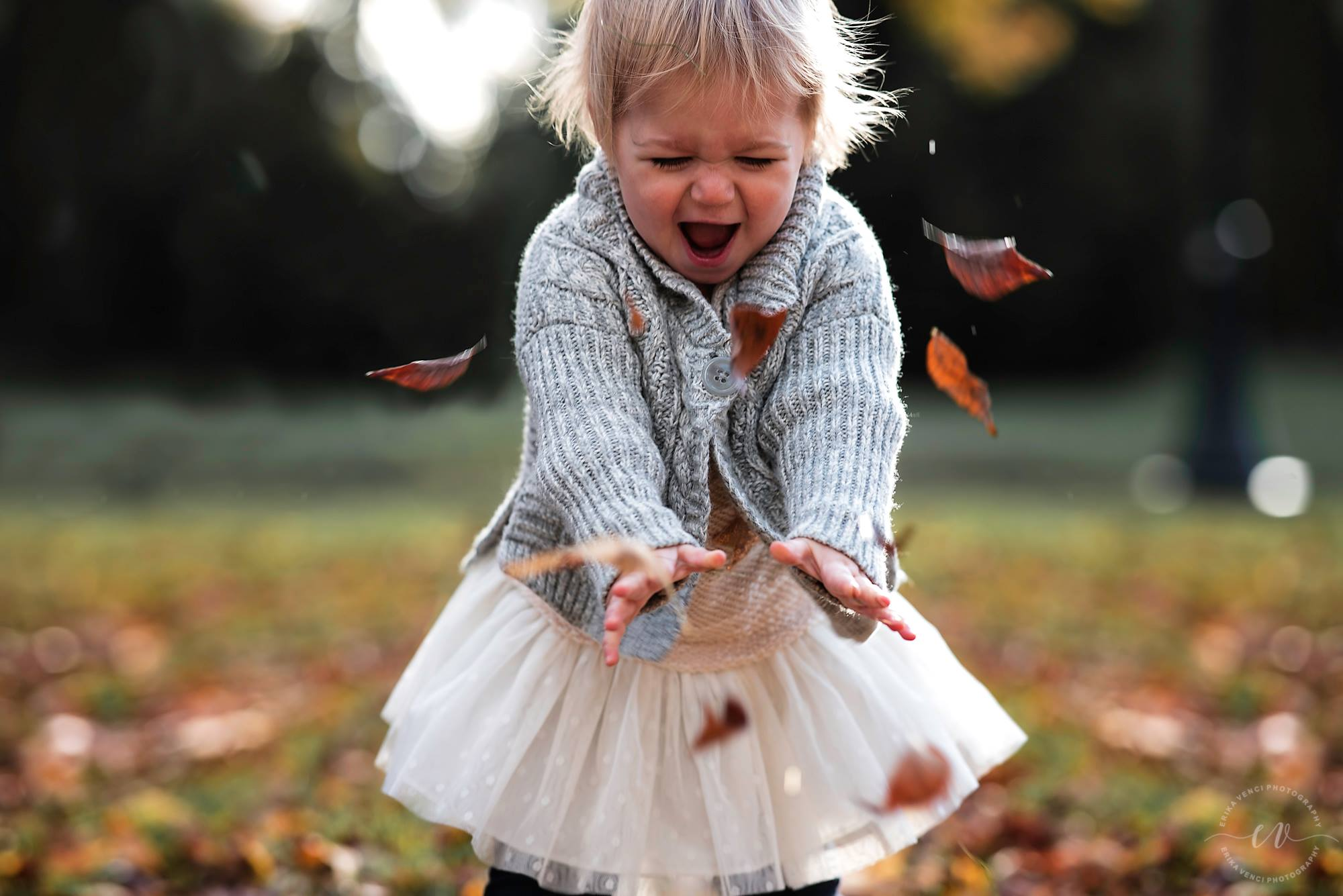 fall kid picture idea, the daily story