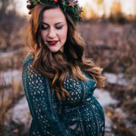 winter maternity pictures, daily fan favorite