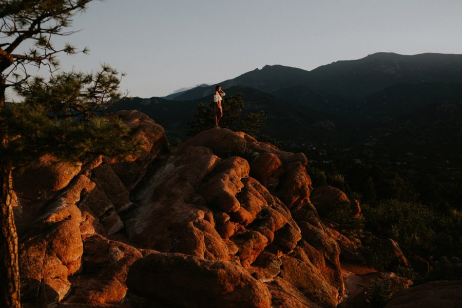 sunset on the mountain top, Garden of the Gods Senior Pictures in Colorado