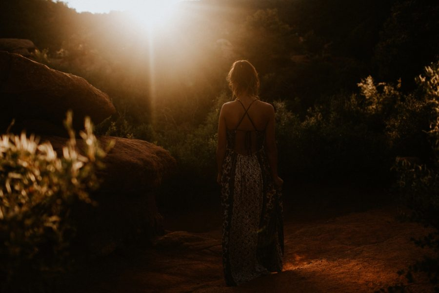 girl twirling, Garden of the Gods Senior Pictures in Colorado