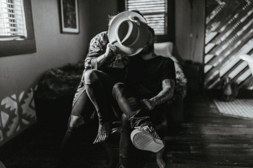 unique couple pictures, Urban Cowboy B&B Anniversary Pictures in Nashville