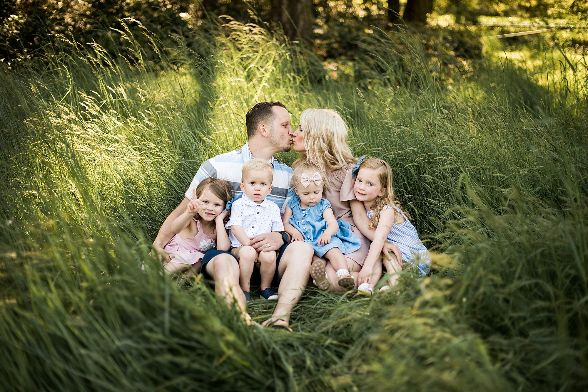 Sunny Family Of Six Pictures In Washington Beyond The Wanderlust