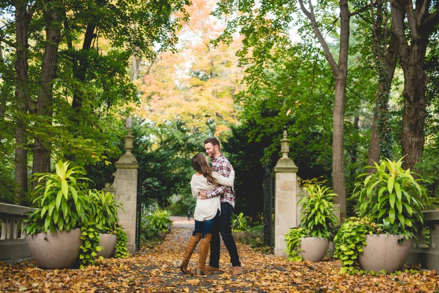 couple dancing in the leaves, Autumn Engagement Pictures at Indianapolis Museum of Art