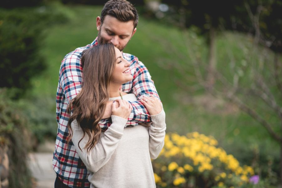 intimate couple poses, Autumn Engagement Pictures at Indianapolis Museum of Art