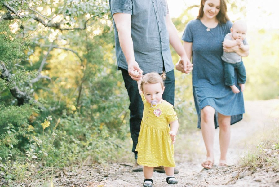 family of 4 poses, film photography, Sweet Family Pictures in Texas Park