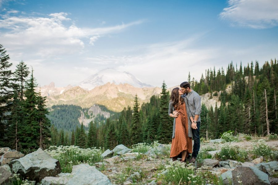 couple kissing, Adventurous Wilderness Anniversary Pictures in Washington