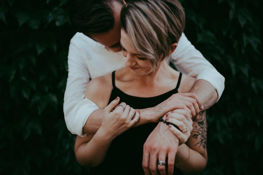intimate couple poses, couple picture ideas, Urban Couple Session in Downtown Ontario