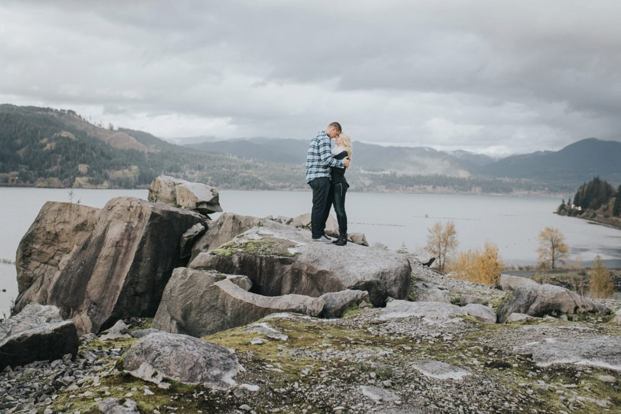 couple hiking pictures, Romantic Columbia Gorge Engagement Pictures in Oregon