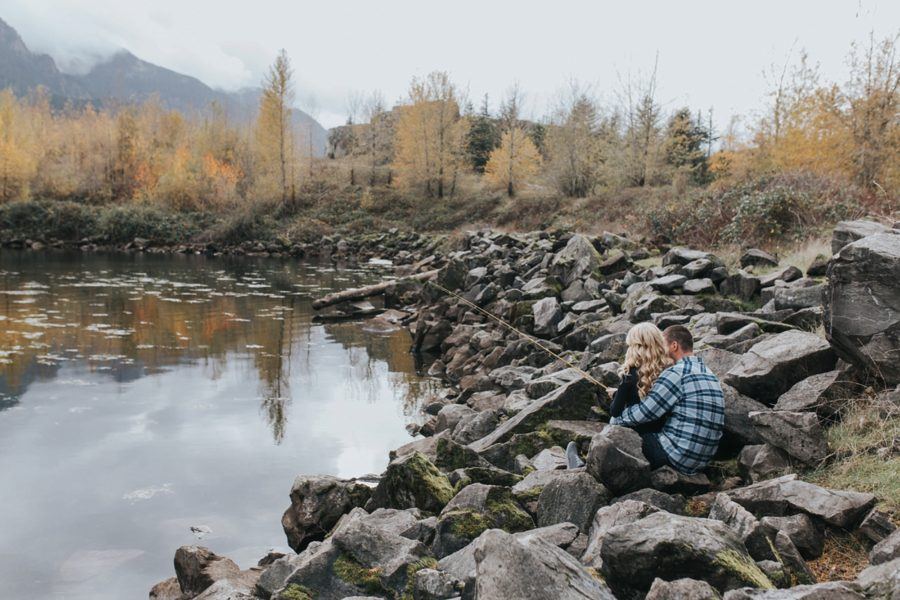 couple fishing , Romantic Columbia Gorge Engagement Pictures in Oregon