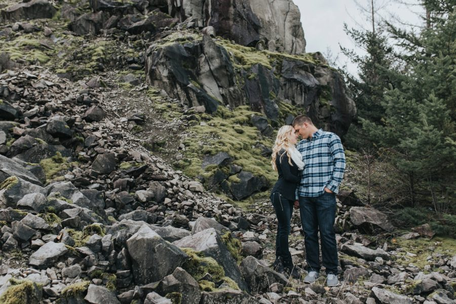 hiking engagement pictures, Romantic Columbia Gorge Engagement Pictures in Oregon