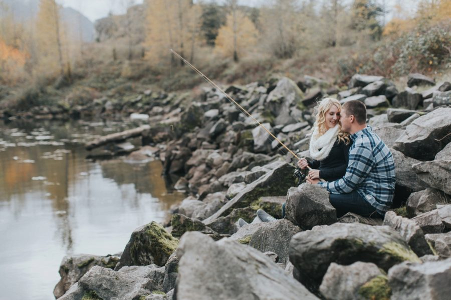 fishing engagement pictures, Romantic Columbia Gorge Engagement Pictures in Oregon