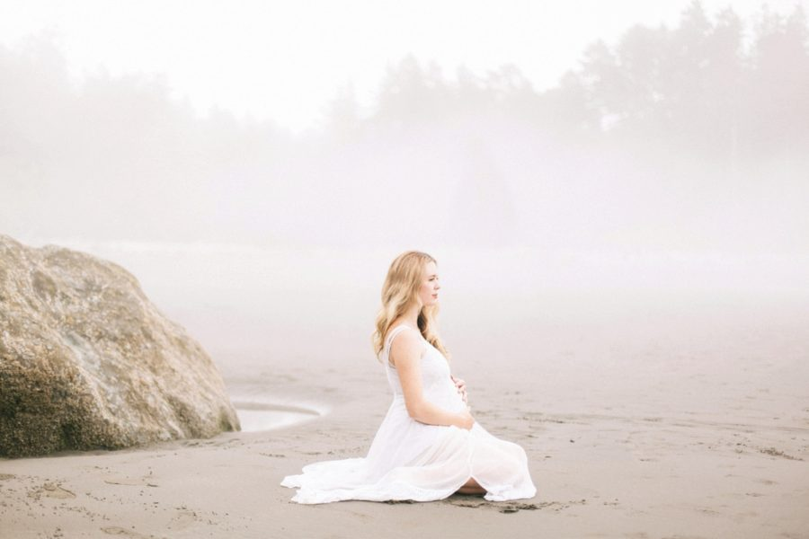 sitting maternity poses, Ruby Beach Intimate Maternity Pictures in Washington
