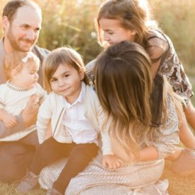 Family session inspiration, Outdoor Family of 5 Photos in Wisconsin