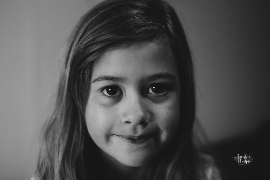 Beautiful black and white portrait, simple portrait of girl, Daily Fan Favorite on Beyond the Wanderlust