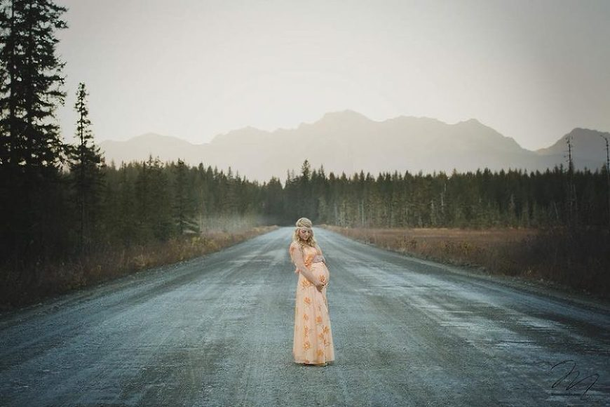 pregnant mom standing in middle of road, Daily Fan Favorite on Beyond the Wanderlust