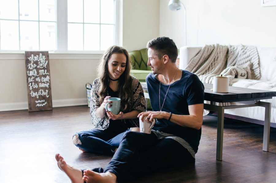 Couple sitting on floor with coffee, Nashville Lifestyle Couples Session