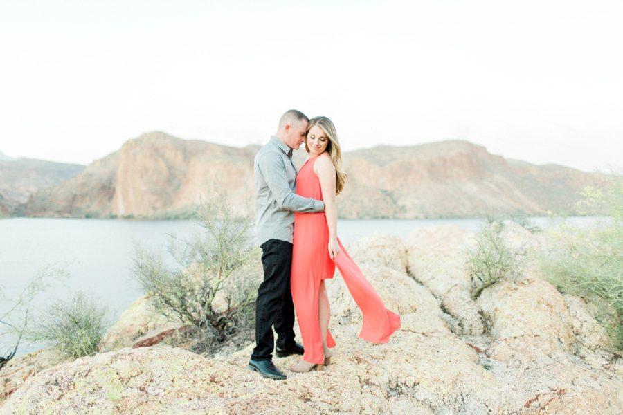 Man and woman together overlooking lake, Canyon Lake Arizona, Canyon Lake Engagement Pictures in Arizona