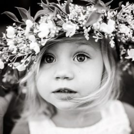 Jordan Voigt Photography - Little flower girl - lifestyle kid pictures