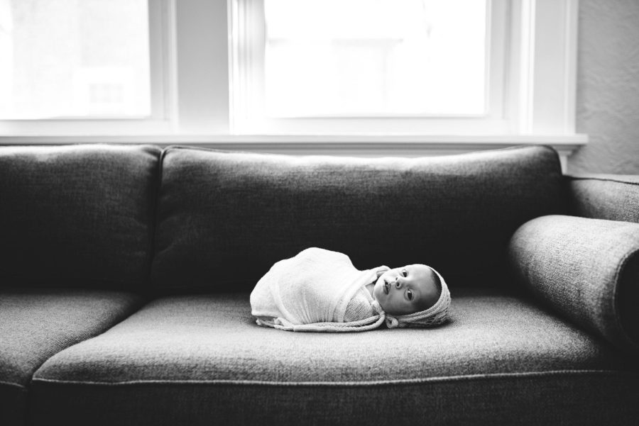 Black and white newborn photo, Portrait of baby on couch, Beautiful In-Home Newborn Pictures