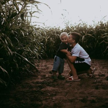 brother fall pictures, children picture ideas, fall pictures