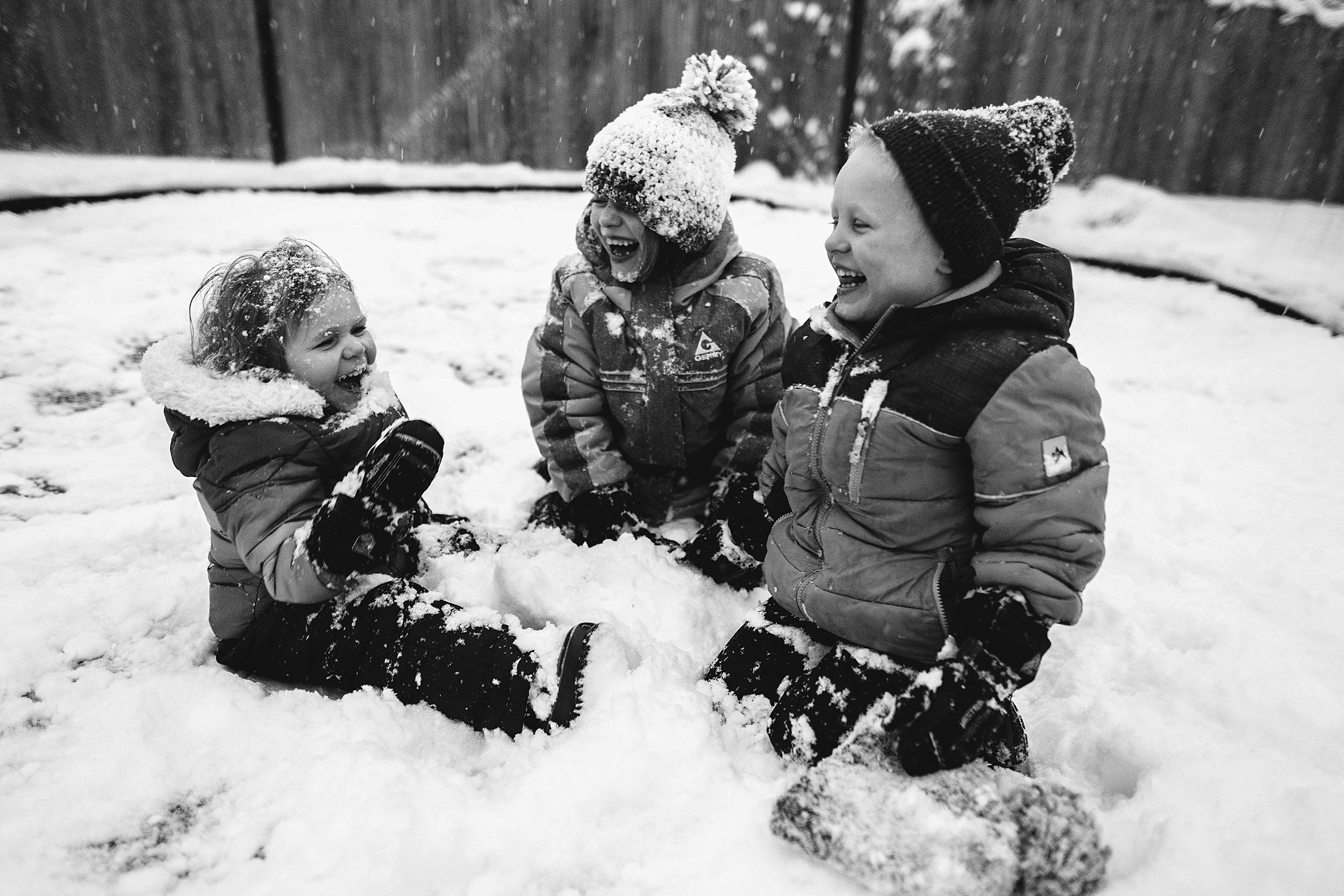 snowy lifestyle and documentary photography, kid pictures, siblings