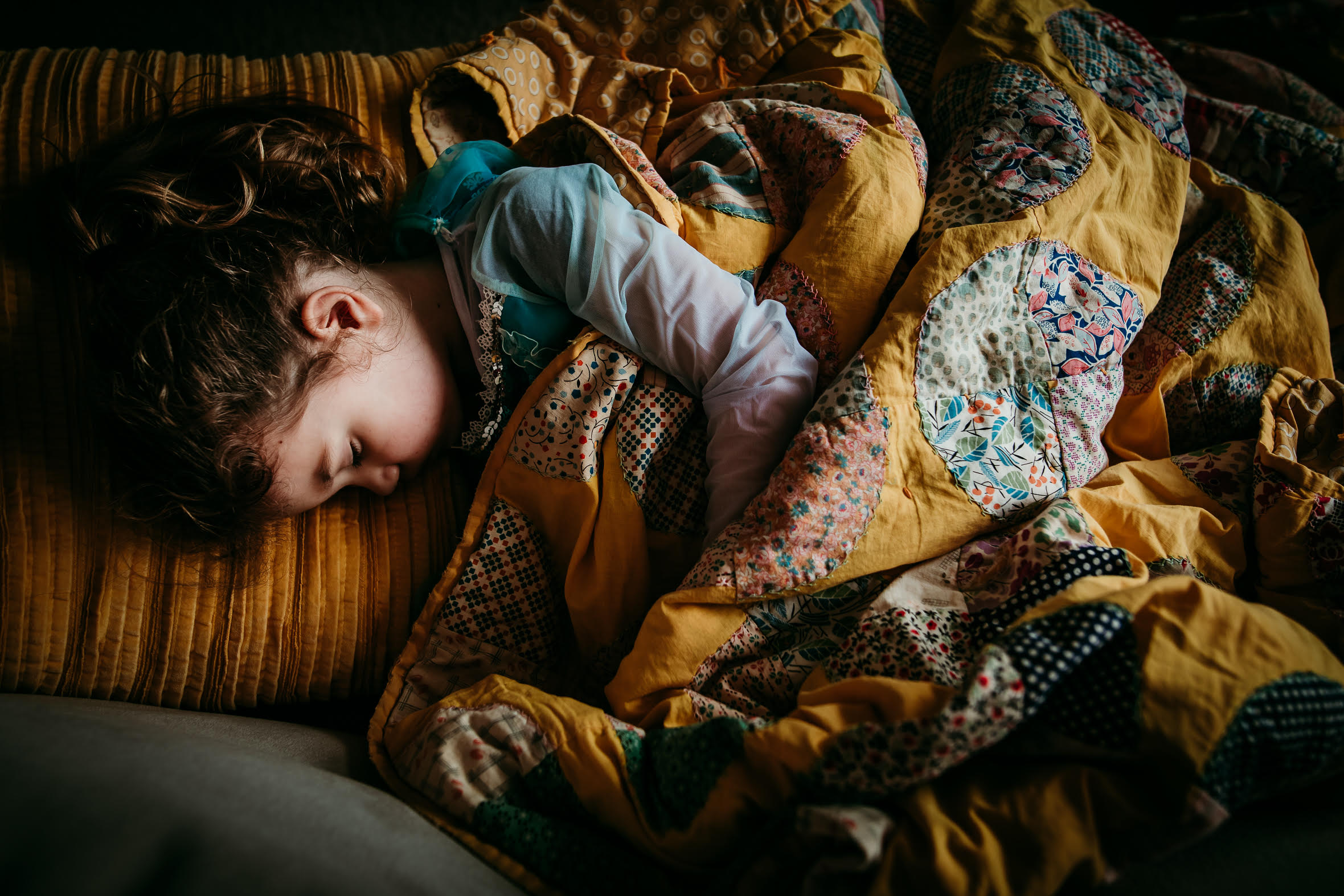 indoor natural light pictures, child sleeping, vintage quilts, lifestyle pictures